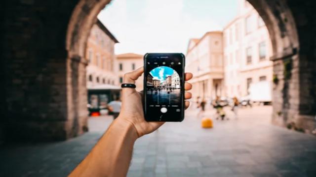 Aplikasi Edit Foto Terbaik HP Android & iPhone Agustus 2021